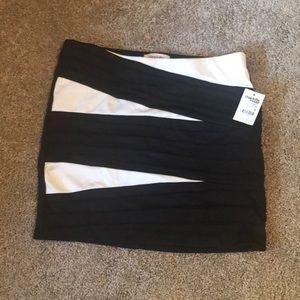 NWT Charlotte Russe Black & White Skirt Medum
